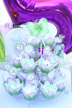 Cupcakes at a Tinkerbell Party #tinkerbell #partycupcakes