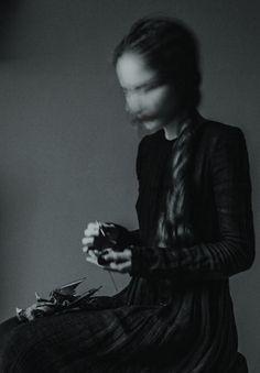 Art Photography by Laura Makabresku (20)