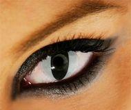 I love cat eye contact lenses.