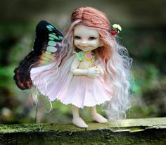 Fairy on wood wall Dream Fantasy, Elf Doll, Fairy Figurines, Baby Fairy, Fairy Art, Fairy Dolls, Ooak Dolls, Cute Dolls, Ball Jointed Dolls