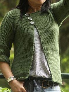 Garter Stitch Swingy Sweater pattern by Jenn Pellerin - trachtenjacke sitricken Knitting Patterns Free, Knit Patterns, Free Knitting, Free Pattern, Knitting Sweaters, Sweater Patterns, Knitting Ideas, Sock Knitting, Knitting Tutorials