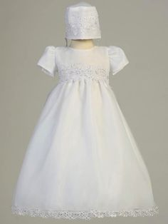 647c6b5ce We offer a wide variety of Girls Christening outfits, bonnets, and gowns.