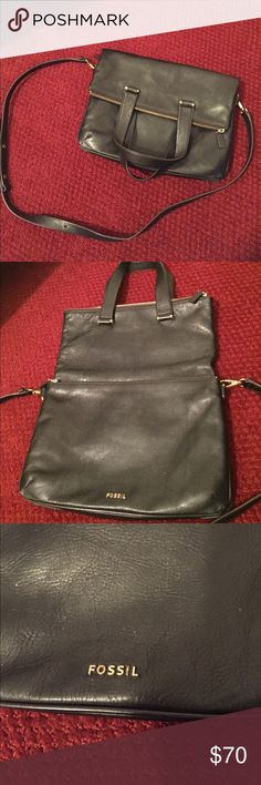 Fossil handbag Great black leather fossil handbag, great condition. Clean inside/ out. Minor wear on corners (see photos). Smoke free home. Fossil Bags Crossbody Bags