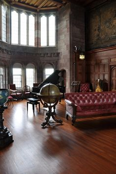 Ahhh need this utterly pointless yet exceptionally beautiful room in my house (The Cross Hall, Bamburgh Castle, Northumberland)