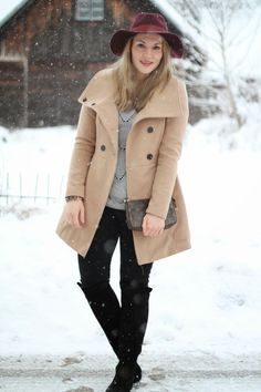 Neutral Shades / Camel Coat with Overknee Boots, Bordeaux Hat and Louis Vuitton Pochette Accessoires / Winter Outfit / Winter Look