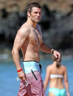 Pin for Later: Age Is Just a Number: Count the Years in Shirtless Guys 40: James Marsden