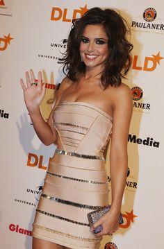 Cheryl Cole Medium Wavy Cut - Shoulder Length Hairstyles Lookbook - StyleBistro @Nicole Novembrino Novembrino Arquilla