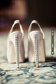 corset shoes. | CHECK OUT MORE IDEAS AT WEDDINGPINS.NET | #weddingshoes