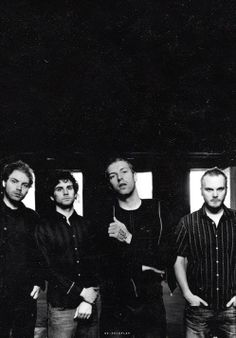 For everything Coldplay check out Iomoio Coldplay Songs, Chris Martin Coldplay, Great Bands, Cool Bands, Phil Harvey, Jonny Buckland, Black And White Baby, Band Photos, Black White