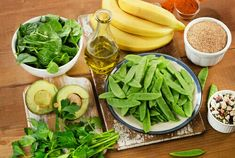 Vitamin K makes proteins for healthy bones and tissues. It also makes proteins for blood clotting. There are different types of vitamin K. Dengue Fever, Anti Aging Supplements, Bone Health, Eyes Health, Lean Protein, Home Remedies, Natural Remedies, Health Tips, Healthy Recipes