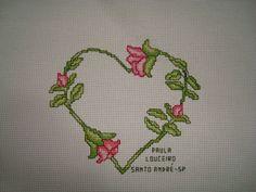 cuore con roselline a punto croce