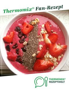 Rote Smoothie-Bowl by SaraMango on www. Smoothie Bowl, Smoothie Drinks, Smoothies, Thermomix Desserts, Low Carb, Brunch, Bowls, Breakfast, Recipes