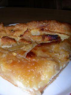 tarte aux pommes à la normande sur feuilleté très croustillant