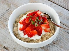 Make perfect steel-cut oats in a rice cooker. | 25 Easy Breakfast Hacks To Make Your Morning Brighter