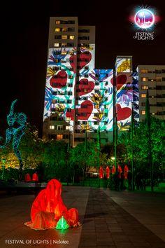 https://flic.kr/p/MVoKsm   Märkisches Viertel @ FESTIVAL OF LIGHTS 2016   Märkisches Viertel during the Festival of Lights 2016. Different light installations and a visit of the Guardians of Time by Manfred Kielnhofer  #Berlin #FestivalofLights #FoL #GuardiansofTime #Illumination #KiezimLicht #Lichtkunst #Lighting #Lightseeing #Manfred Kielnhofer #Nelofee #Oktober #Sight #Sightseeing #Skulptur #Stadtviertel #VisitBerlin #Zander&Partner #märkischesviertel #Wächter der Zeit #GESOBAUAG