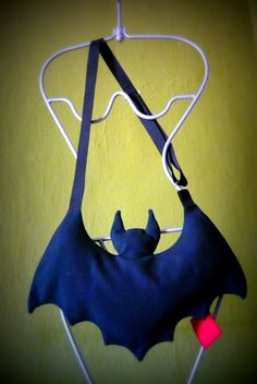 BAT Bag by Artemisya on Etsy, €40.00