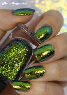 Nothing to disclose So, have I mentioned before that I'm IN LOVE with the ILNP Ultra Chome Flakies? Nail Polish Sale, Nail Selection, Open Field, Dream Nails, Gel Nails, Nail Polishes, Stylish Nails, Mani Pedi, Nails Inspiration