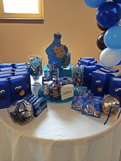 Cookie Monster Treat Table
