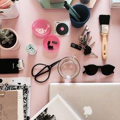 On my desk  #studionlstore #flatlay #flatlayapp