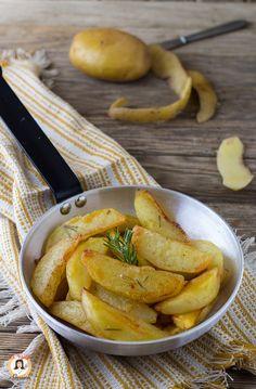 Patate in padella tipo arrosto - Croccanti fuori morbide dentro senza forno