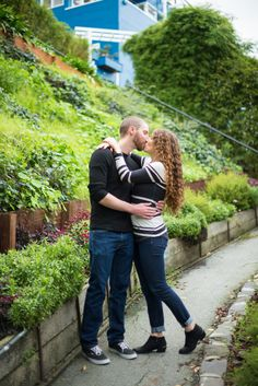 San Francisco Engagement Session | Coit Tower, Fort Mason, Ghirardelli Square | Engagement Session Ideas  www.rachelhowdenphotography.com #bayareaphotographer #bayareaengagementphotographer #bayareaweddingphotographer #rachelhowdenphotography