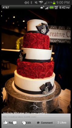 Red, white and black wedding cake!