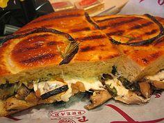 Panera Bread Restaurant Copycat Recipes: Portobello & Mozzarella Panini