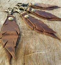 Feather Keychain / Leather Key Chain / Leather Keyfob / Leather Keychain / Small Key Lanyard / Keyfob