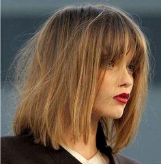 Shoulder Length Hair with Blunt Bangs | Otsikset ovat kehystäviä,hentoja ja luonnollisen taipuisia.