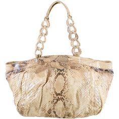 Pre-owned Nancy Gonzalez Python Shoulder Bag ($895) ❤ liked on Polyvore featuring bags, handbags, shoulder bags, white, handbags & purses, white shoulder bag, white hand bags, shoulder hand bags and purse shoulder bag