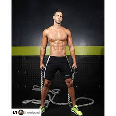 #Repost @jl_rodriguezl: Cuando te arriesgas sacrificas todo lo que puedes perfer por lo mucho que puedes ganar. PIENSA  SUEÑA  CREE... ATREVETE! !! #dlabteam #dlabgym #miami #musclemotivation #muscle #fit #mundofitness #fitness #fit4life #fitlife #fitnesslifestyle #instafit #gymtime #beachbody #exercise #weightraining #training #shredded #abs #sixpacks #getStrong #getfit #justdoit #youcandoit #fitspiration #workout