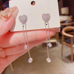 Simple Earrings, Simple Jewelry, Women's Earrings, Ear Jewelry, Juicy Couture, Types Of Metal, New Fashion, Tassels, Fashion Jewelry