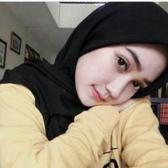 assalamualaikum. __________________________ #komunitas_hijab_indonesia #hits #hijabercantik #hijabootdindo #hijabkece #bidadariselfie #cantiknyaberhijab #hijaber_indo #hijabersindonesia #hijabers_indonesia #hijabersmagazine #diaryhijabe #dailyhijabindo #barbie_muslimah #hijaberscommunity #hijaber #hijabers #wanitaberhijab #selfie #like #follow #fff #lfl