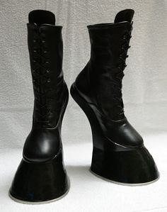 Horse / Pony hoof boots - with horseshoe A pair of horse hoof boots, ankle high… including stainless steel horseshoes attached, strong! Perfect for LARP, pony & animal play and other occasions,. Crazy High Heels, Sexy High Heels, Crazy Shoes, High Heel Boots, Thigh High Boots, Heeled Boots, Ankle Boots, Hoof Shoes, Sexy Stiefel