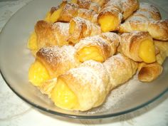 Os temperos da argas: Cornucópias com creme pasteleiro