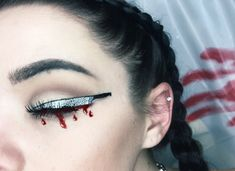 Knife Eye Makeup