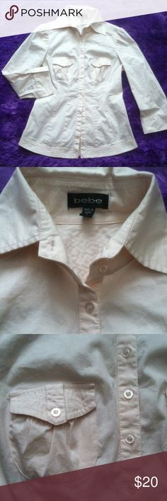 ⚡Flash Sale button up A soft peach Medium Top Like new bottom up top sturdy buttons very light soft hint of peach / cream color NOT white  two small front pockets size Medium casual business attire great with skirts- slacks - jeans and heels so many ways to dress this up or diwn! Has collar the material very nice quality not thin or cheap made theres bottons down at the cuffs of the arms to wear 3/4 of the way, rolled up or down a real multi use top condition 9/10 like new slight wrinkles…