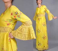 Popular Vintage Embroidered Mexican Wedding Dress