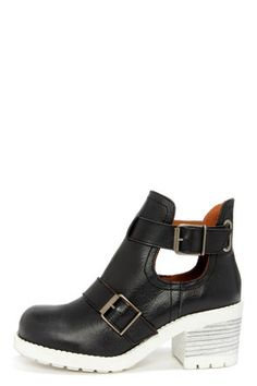 Sixtyseven Tyler 75821 Floater Black and White Ankle Boots