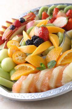 hubby のためにもっとフルーツを買ってきてあげる