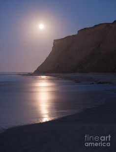 ✯ Half Moon Bay at Moonset