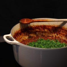 Heerlijke bolognesesaus met peterselie na 7 uur indampen