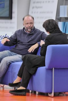 Andrej Kurkow auf dem Blauen Sofa der LBM 2012 by Das blaue Sofa, via Flickr Sofa, People, Time Travel, Guys, Life, Settee, Couch, People Illustration, Couches