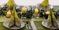 Frühlingsdeko für eure besonderen Anlässe! Tablescapes, Table Decorations, Spring, Anna, Easter, Furniture, Home Decor, Garlands, Decorations