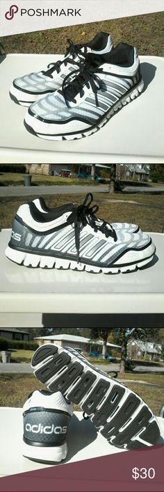 sports shoes b72ae 4e522 ... Derrick Rose 773 II Q33232 Black White