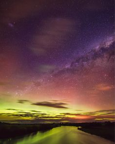 Here is the Aurora Australis shot on the south island of New Zealand #auroraaustralis #newzealand #twitter