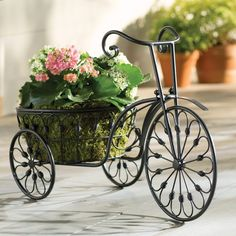Unique And Nostalgic Design Outdoor/Indoor Metal Tricycle Plant Stand, Black Finish Tricycle, Garden Plant Supports, Wheelbarrow Planter, Plants For Hanging Baskets, Pot Jardin, Plant Shelves, Outdoor Plants, Raised Garden Beds, Garden Planters