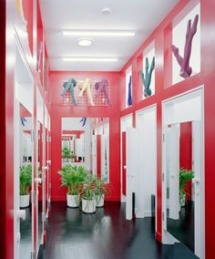 Natural light fills the fitting rooms via roof-mounted Solatubes®.