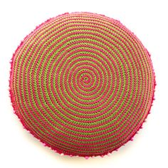 According to Matt...: Spiral Cushion #crochet