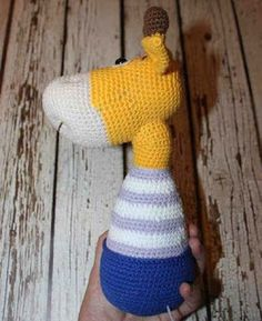 This free amigurumi pattern will help you to create a crochet toy with cute amigurumi details. Easy Amigurumi Pattern, Cat Amigurumi, Amigurumi Minta, Crochet Patterns Amigurumi, Knitting Patterns, Stuffed Toys Patterns, Handmade Bags, Baby Headbands, Crochet Baby
